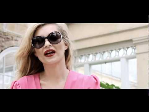 KateMossforVogueEyewearSpringSummer2011AdCampaignBehindtheScenesflv
