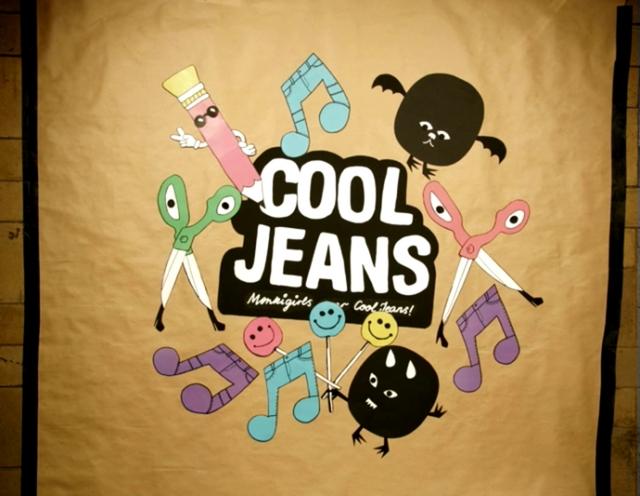 MonkigirlswearCoolJeans